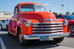 Chevy Truck anziano su esposizione immagine stock libera da diritti