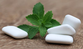 Chewing gum with green stevia Royalty Free Stock Images