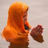 Chhath Puja (λατρεία στον ήλιο) Στοκ Εικόνες