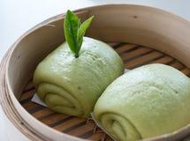 Chińczyk dekatyzował babeczkę z zielonym drzewnym smakiem Obrazy Stock