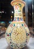 Chińska waza w Shanghai Pudong lotnisku międzynarodowym, Chiny obraz royalty free
