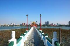 Chi Ming pałac przy Lotosowym jeziorem Obraz Stock