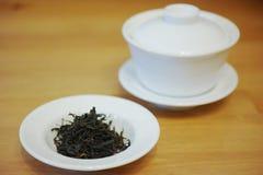 Chiński gaiwan i herbata Fotografia Royalty Free