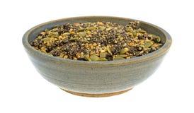 Chia蔓越桔和南瓜籽早餐谷物在碗 库存照片