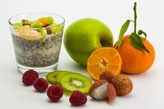 Chia-dessert-fruits-2 Imágenes de archivo libres de regalías