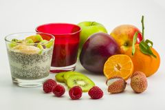 Chia-dessert-fruits-1 fotografia de stock royalty free