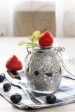 Chia ziarna pudding z jagodami Obrazy Stock