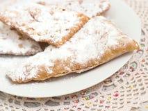 Chiacchiere - Tradycyjni Włoscy karnawałowi cukierki zdjęcie stock