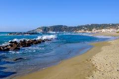 Chiaia海滩,坐骨,意大利 库存照片