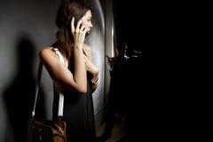Chiamata dei 911 per aiuto Immagini Stock Libere da Diritti