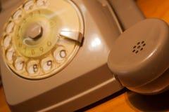 Chiami nei 70 - fuori orario sul lavoro Fotografie Stock