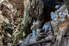 Chiang Dao Cave Temple (WAT THAM CHIANG DAO) Chiang Dao Cave Temple, Tailandia Foto de archivo libre de regalías