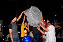 Chiang Mai, Ταϊλάνδη: Φανάρια εγγράφου φωτισμού Στοκ Φωτογραφία