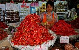 Chiang Mai, Таиланд: Перцы Chili на рынке еды Стоковое Фото