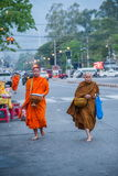 Chiang Mai, aumône de matin de la Thaïlande photo stock