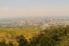 Chiang Mai cityscapesikt från Doi Suthep kullesynvinkel Dig c Royaltyfria Bilder