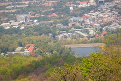 Chiang Mai cityscapesikt från Doi Suthep kullesynvinkel Dig c Arkivfoto