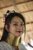 CHIANG MAI Karen szyi Długa kobieta pozuje dla portreta obraz royalty free