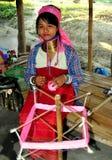 Chiang Mai, Tailândia: Mulher tailandesa do pescoço longo Imagem de Stock