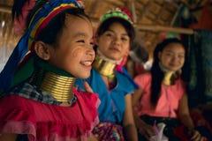 CHIANG MAI, TAILAND - 22. APRIL 2016: Ein Porträt eines Mädchens Kayan Stockfotos