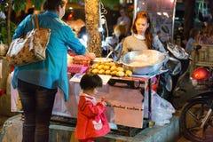 CHIANG MAI, TAILANDIA - 15 NOVEMBRE 2015: mercato asiatico, esotico immagine stock