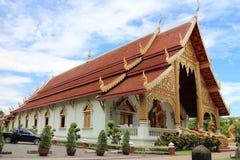 Chiang Mai, Tailandia Wat Phra Sing Wora Maha Wihan, tempio buddista con arte di Lanna e la scultura dorate del serpente Fotografia Stock Libera da Diritti