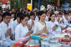CHIANG MAI, TAJLANDIA - DEC 26 2015: Dużo tajlandzcy Zdjęcia Royalty Free