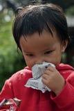 CHIANG MAI TAJLANDIA, PAŹDZIERNIK - 23: niezidentyfikowani dzieci jedzą sna Zdjęcia Stock