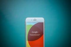CHIANG MAI TAJLANDIA, WRZESIEŃ, - 02, 2015: Jabłczany iphone 6 z G Fotografia Stock