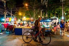Chiang Mai, Thaïlande - 1er janvier 2018 : Touristes voyageant la nuit Photographie stock