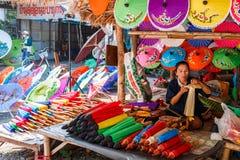 CHIANG MAI, THAÏLANDE 19 JANVIER : 31th parapluie de Bosang d'anniversaire Photos stock