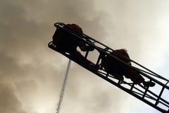 CHIANG MAI, THAÏLANDE 17 MAI : Le feu dans les entrepôts - le feu de crochet dedans Photo stock