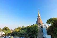 Chiang Mai, Thaïlande - 25 mars 2017 : Paysage de pagoda de Phramahathat Napamathanidol chez Doi Inthanon, Chiangmai, Thaïlande Images libres de droits
