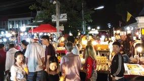 CHIANG MAI THA?LANDE : 10 D?CEMBRE 2018 : Rue de marche du marché de dimanche en Chiang Mai, Thaïlande