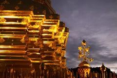 Chiang Mai Thailand - April 11 2017: Berömd tempel Doi Suthep i Thailand Royaltyfri Foto