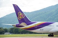 Chiang Mai, Thailand - 21. August 2014: Ausrichtung Thai Airways -Boeing 787-8 HS-TQA Taxi, zum sich bei Chiang Mai International Lizenzfreies Stockbild