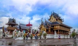 CHIANG MAI THAILAND - 20 Augusti, 2017: Förbudhålatemplet är en thailändsk tempel som lokaliseras i den nordliga delen av Thailan Arkivfoton