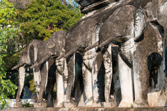 Chiang Mai, Thailand - 17 februari 2015: Olifantsstandbeelden in Wat Chi Royalty-vrije Stock Foto