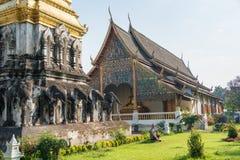 Chiang Mai Thailand - Februari 17 2015: Wat Chiang Man en berömda Te Royaltyfri Bild