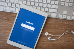 CHIANG MAI, THAILAND - February 8, 2014: Facebook application sign in page on Apple iPad. Facebook is largest and most popular soc Royalty Free Stock Photography
