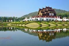 Chiang Mai Thailand, Ho Kham Luang på kungliga Flora Expo, traditionell thai arkitektur Royaltyfri Bild