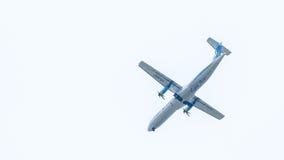 Chiang Mai Thailand - Maj 17: ATR72-500 av Kan Airlines landning Royaltyfri Bild
