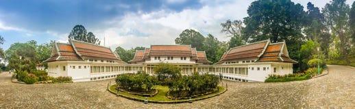 Chiang Mai Thailand - Maj 3, 2017: Bhubing slottlandskap, th Arkivbild