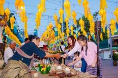 CHIANG MAI THAILAND - NOVEMBER 12: Dekorerade färgrika lyktor Royaltyfri Foto