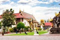 Chiang Mai, Thailand - November 28, 2016: Gouden Chedi Royalty-vrije Stock Afbeeldingen