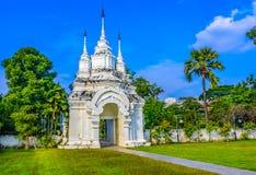 Chiang Mai, Thailand: Wat Suan Dok Chedis, Boeddhistische tempel, Wat i Royalty-vrije Stock Fotografie