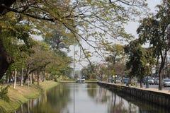 Chiang Mai vallgrav Läge omkring av den gamla staden Chiang Mai Arkivfoton