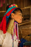 Chiang Mai, village Long-étranglé de tribu de la Thaïlande Images stock