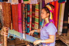 Chiang Mai, village Long-étranglé de tribu de la Thaïlande Images libres de droits