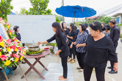 CHIANG RAI, ТАИЛАНД - 19-ОЕ НОЯБРЯ: неопознанное PA тайских людей Стоковое фото RF